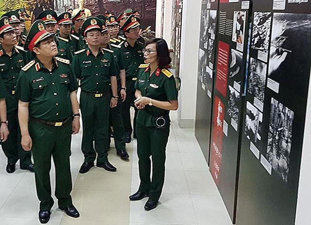 Đường Hồ Chí Minh là công trình khiến thế giới phải khâm phục