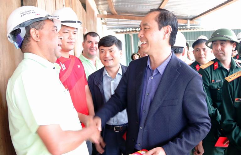 Thứ trưởng Lê Đình Thọ đốc thúc dự án cao tốc La Sơn-Túy Loan