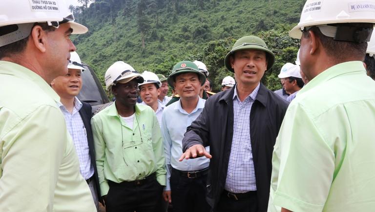 Không còn đường lùi, cao tốc La Sơn-Túy Loan phải cán đích cuối 2018