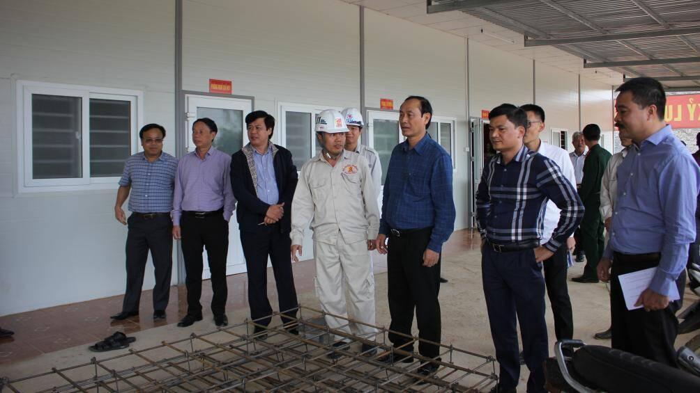 Rốt ráo GPMB, mở đường công vụ ngay trên tuyến cao tốc Cam Lộ-La Sơn